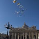 SAN PIETRO, MIGLIAIA IN PIAZZA PER ANGELUS E CAROVANA DELLA PACE -FOTO 4