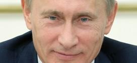 "RUSSIA: PUTIN BACIA RELIQUIE DI SAN NICOLA, ""GRAZIE AL PAPA"""