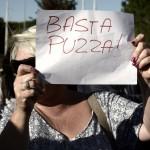 La protesta dei cittadini di Fidene (Foto Omniroma)