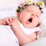 sbadiglio-di-un-neonato