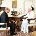 Nicola Zingaretti in udienza con Papa Francesco (Foto profilo twitter @nzingaretti)