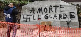 IMBRATTATO IL MONUMENTO AD ALDO MORO