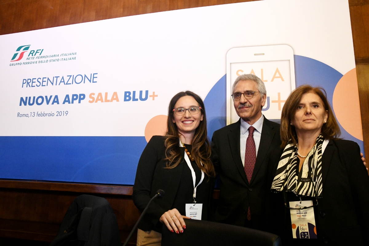 Sale Blu Ferrovie : Rfi presenta la sala blu la nuova app dedicata alle persone